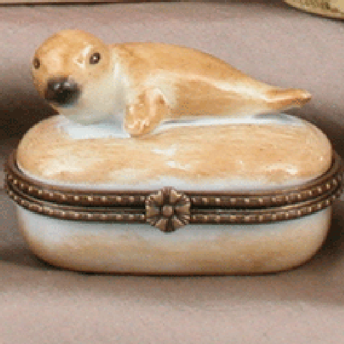Limoges Style White Baby Seal Ring Box