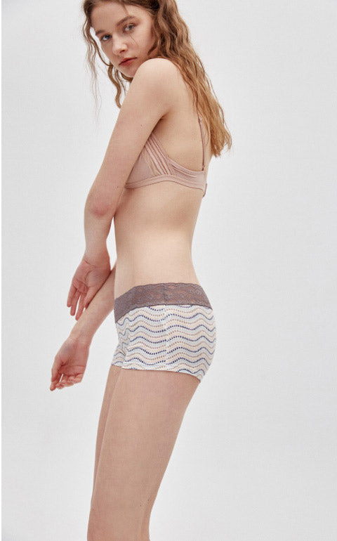 Vacation Lifestyle • Mid Rise Cotton Lace Waist Shortie Panty - Peach Fleur