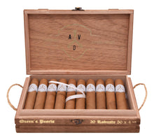 "Load image into Gallery viewer, Adventura Cigars (ADV) ""Queen's Pearls"" Robusto"