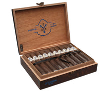"Load image into Gallery viewer, Adventura Cigars (Adv) Navigator ""Blue"" Toro  (New Us Size)"