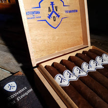 "Load image into Gallery viewer, Adventura Cigars (ADV) Navigator ""Blue"" Pyramid (Euro Size)"