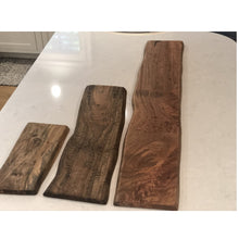 Load image into Gallery viewer, Mango Wood serving board