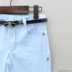 Light Blue Jeans With Bowy Belt