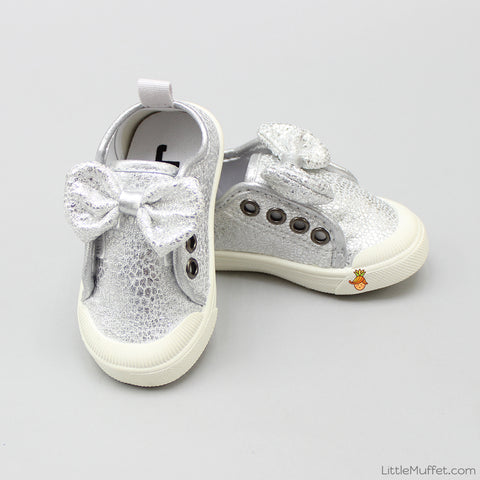 Shimmery Bow Silver Shoes