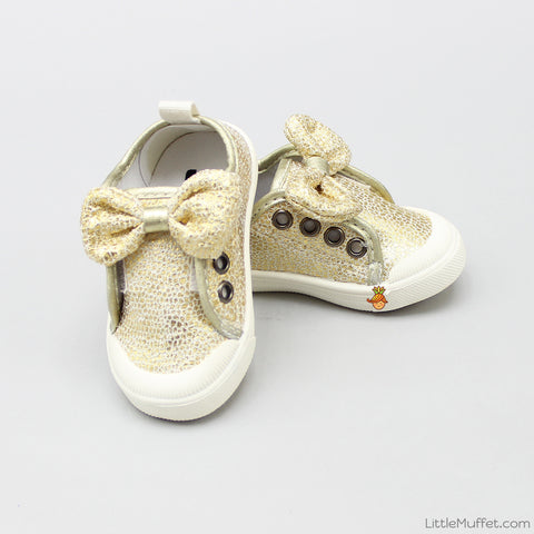 Shimmery Bow Golden Shoes