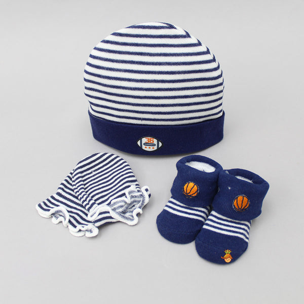 Football Love Cap, Mittens And Socks Set For New Born