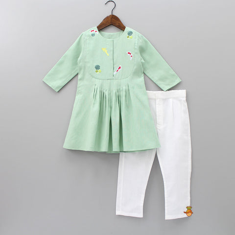 Pre Order: Mint Green Fish Pond Kurta And Pant