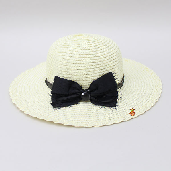 Off-white Hat With Black Bow