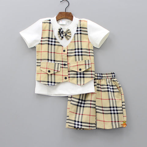 Beige Half Attached Waistcoat Bow T-shirt And Shorts Set
