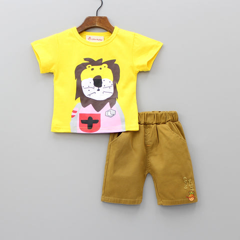 Lion Print Tee With Shorts