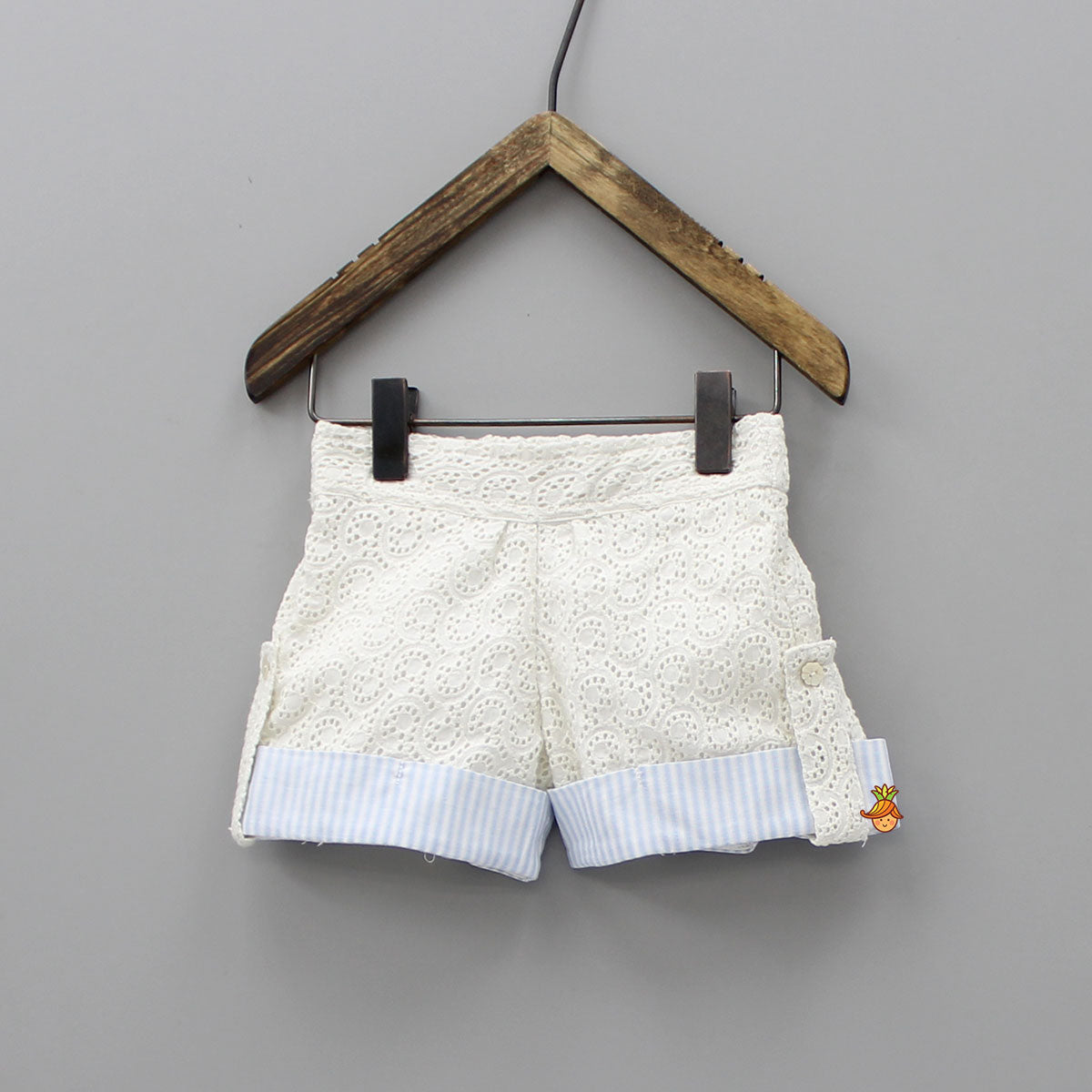 White Embroidery Blue Stripe Shorts