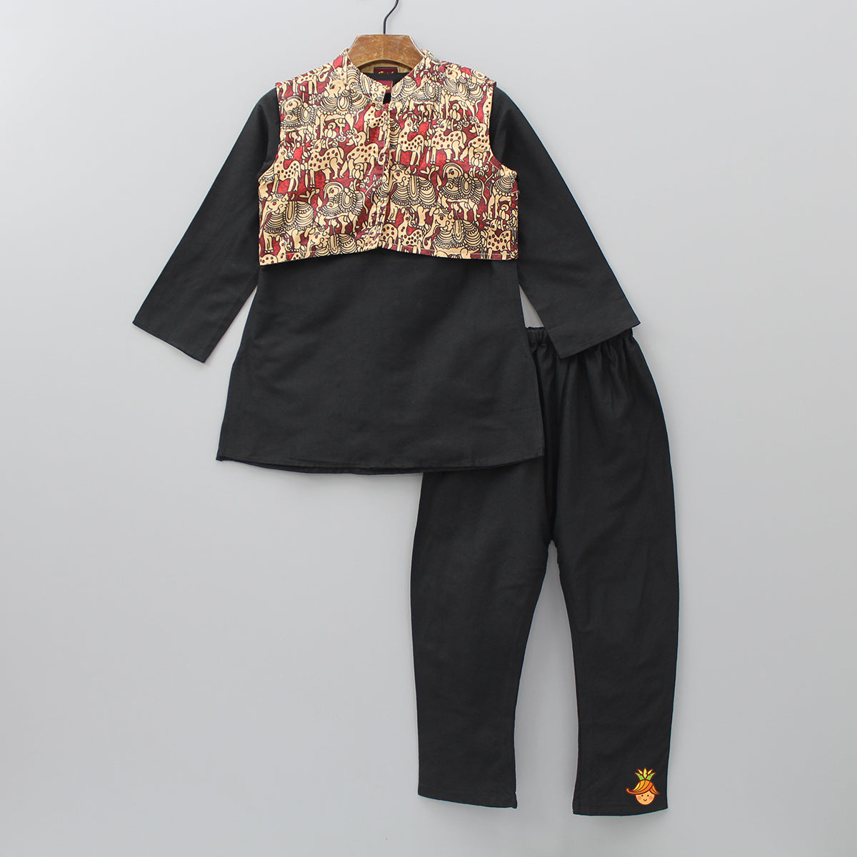 Black Kurta And Pajama With Printed Jacket