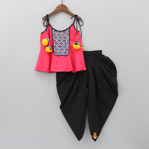 Zigzag Print Top And Black Dhoti