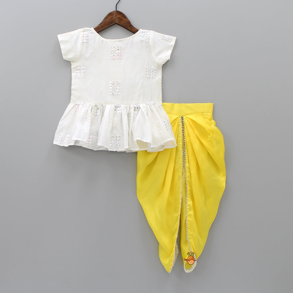 Pre Order: Off-White Top And Yellow Dhoti