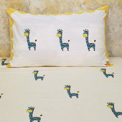 Giraffe Single Bedsheet With Pillow cover