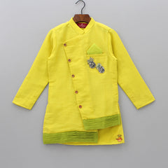 Pre Order: Pineapple Applique Kurta And Pant