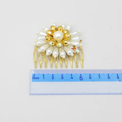 Pre Order: Pearls And Beads Floral Hair Clip