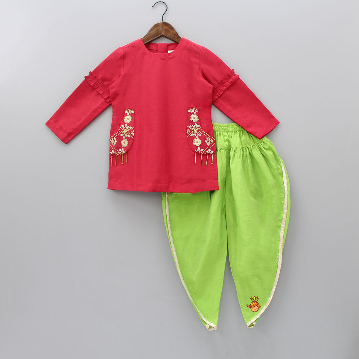Pre Order: Embroidered Pocket Kurta And Dhoti