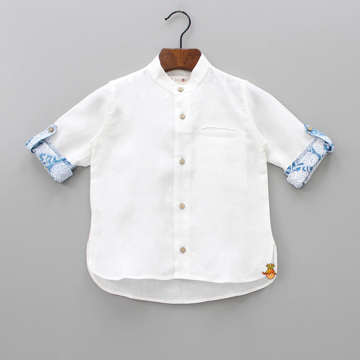 White Shirt With Printed Sleeve Turn-Ups
