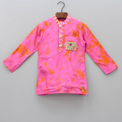 Pre Order: Elephant Embroidered Patch Kurta With Pyjama