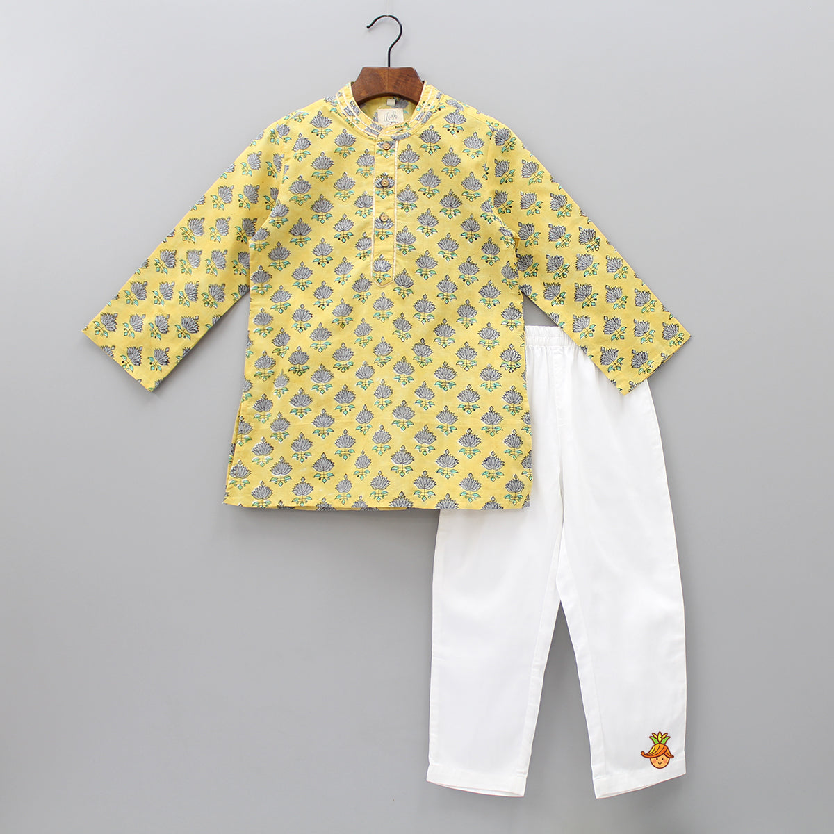 Lotus Printed Kurta And Pyjama