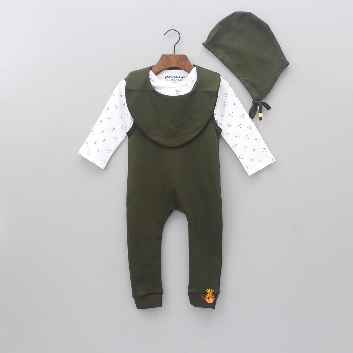 Organic Printed Top And Dungaree Set With Cap And Bib