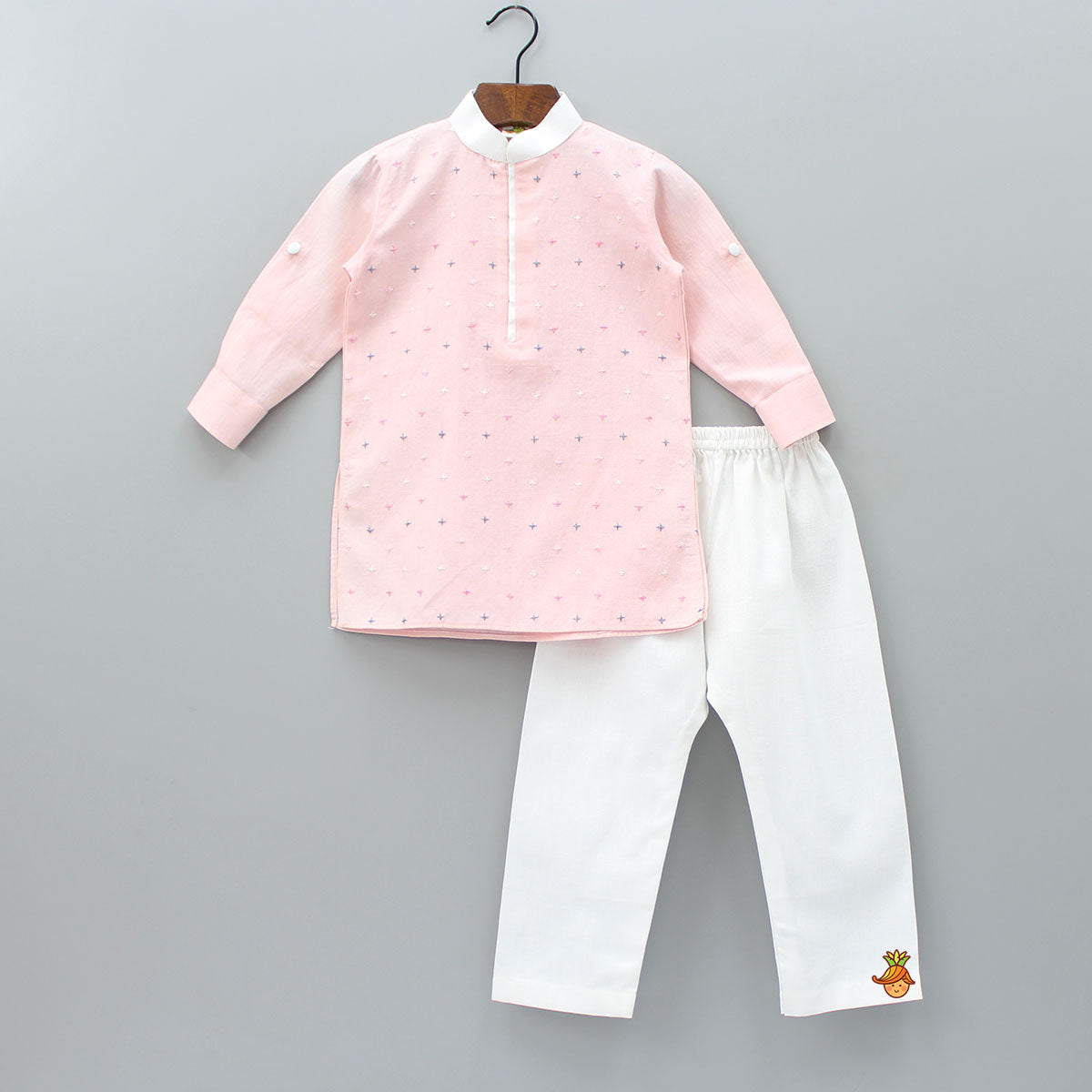 Plus Embroidered Pink Kurta With Pyjama