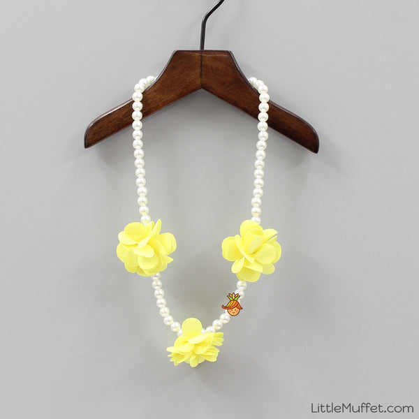 Yellow Flower Pearl Necklace