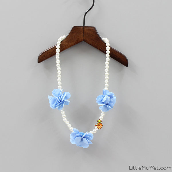 Blue Flower Pearl Necklace