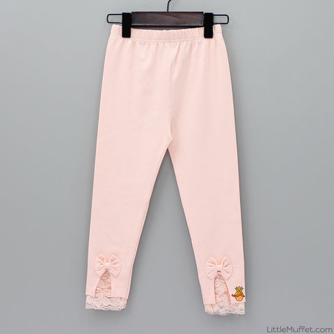 Lace And Bow Capri Leggings- Peach