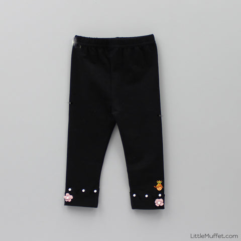 Pearl And Flower 3/4th Leggings- Black
