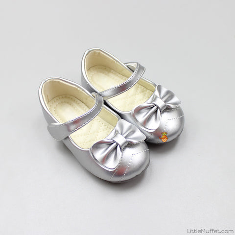 Bowy Silver Shoes