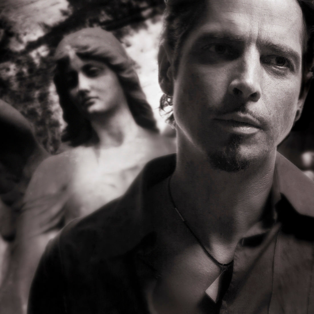 SHPC CHRIS CORNELL WITH ANGEL LOS ANGELES 2006