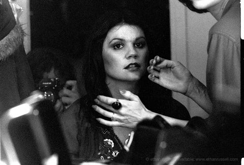 Linda Ronstadt in Make-up for Prisoner in Disguise