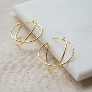 Crossed Hoops