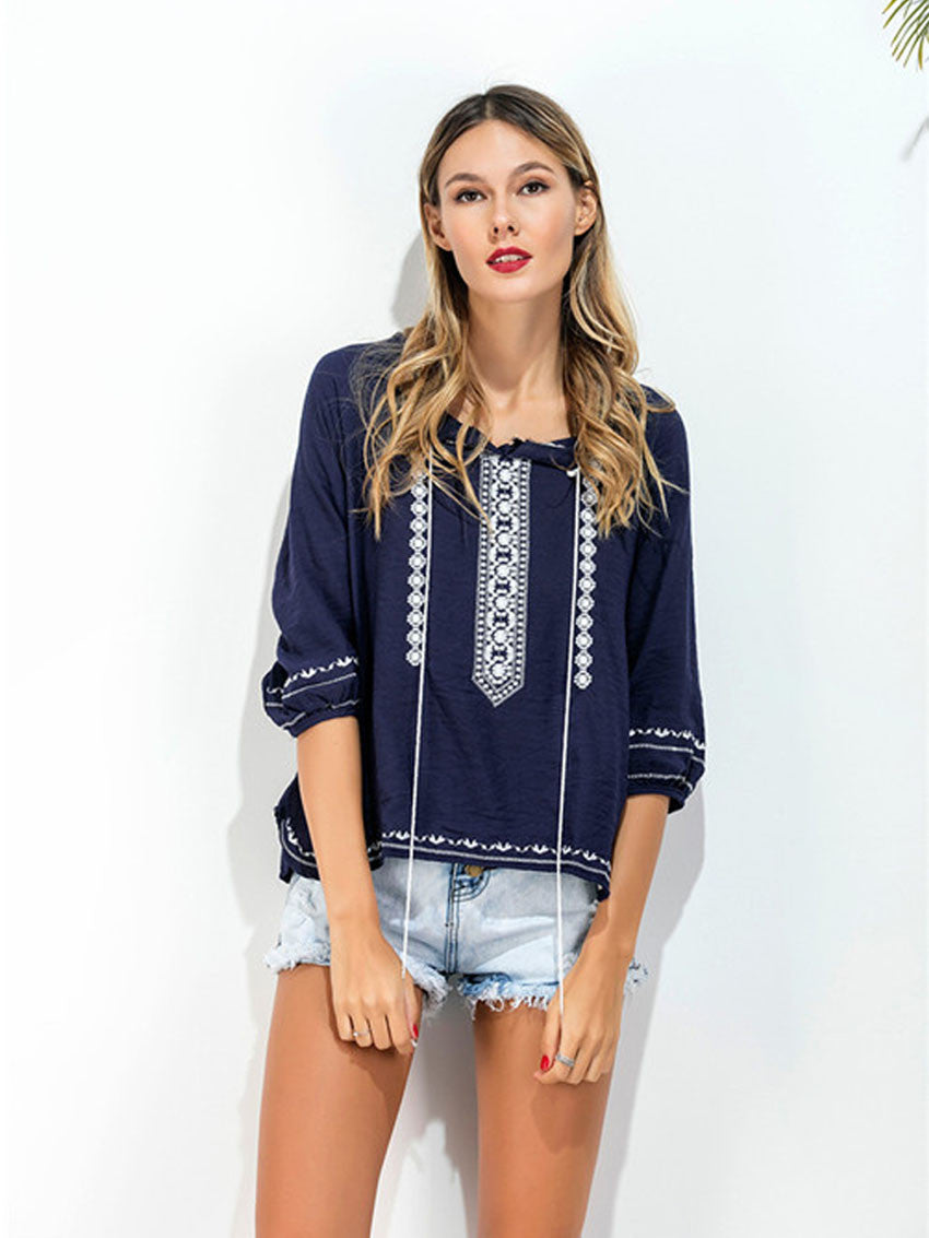 Image of   Casual Bluse Med Broderi