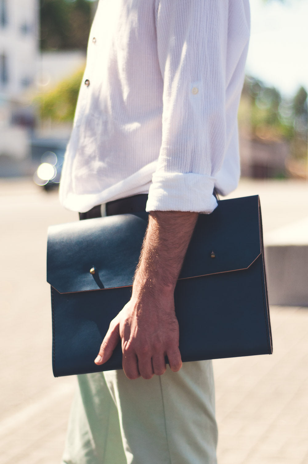 On the street: Noise Goods Folio Clutch A4 Indigo