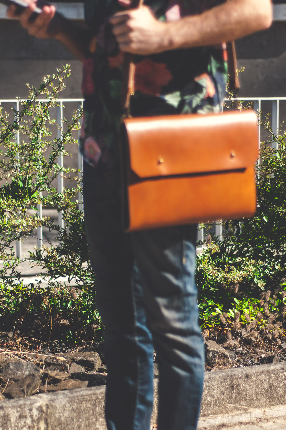 On the street: Noise Goods Folio Cross A4 Hazelnut