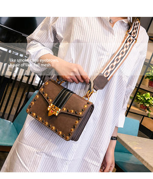 British Fashion Retro New High-quality  Portable Shoulder Messenger Bag