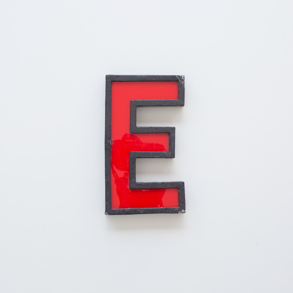 E - Medium Cinema Letter