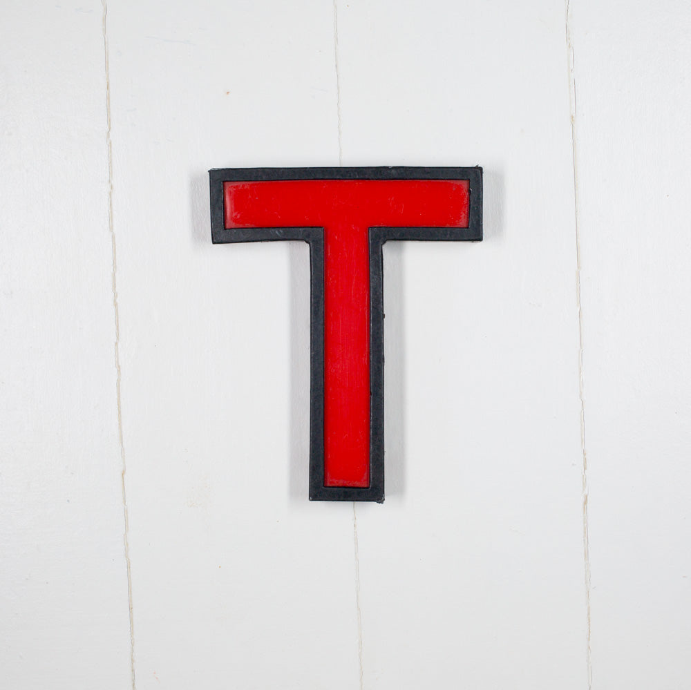 T - Medium Cinema Letter