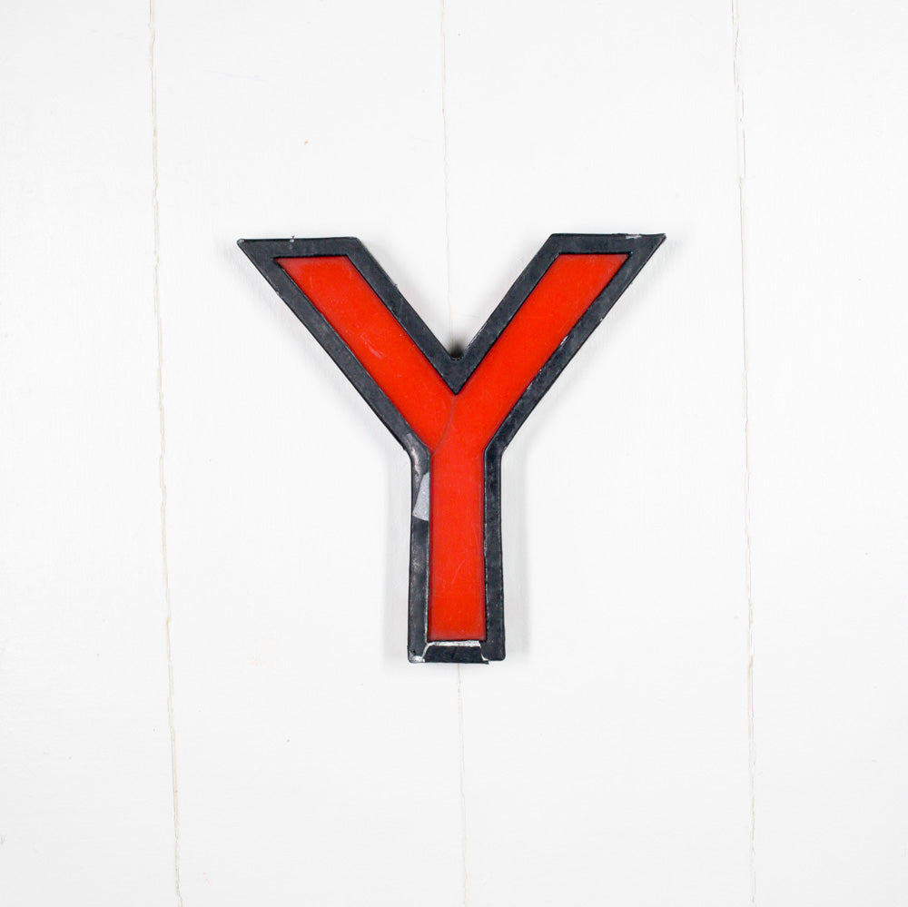 Y - Medium Cinema Letter