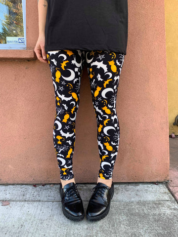 Spooky Halloween Leggings - Occult