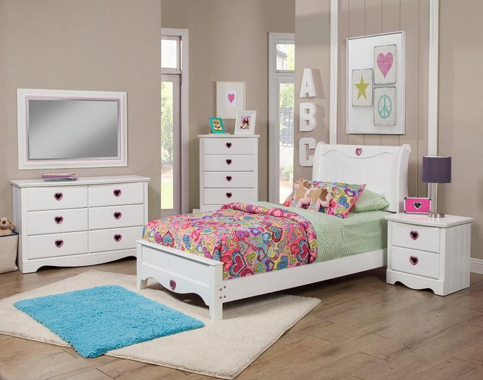 Sparkling Hearts 7 Piece Twin Bedroom Set