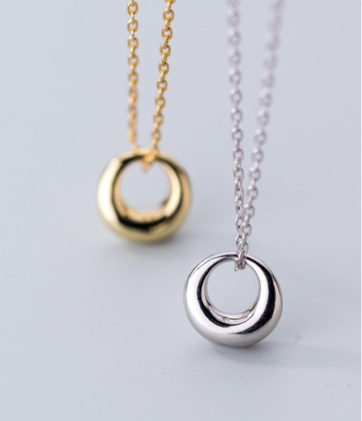 Daydream Circle Necklace