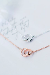 circle interlocked necklace by Kesley Girlwith3jobs