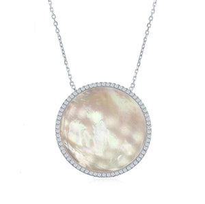 Mother of pearl round necklace by KesleyBoutique.com, Girlwith3jobs.com, Kesley, peal necklace in Miami, pearl jewelry