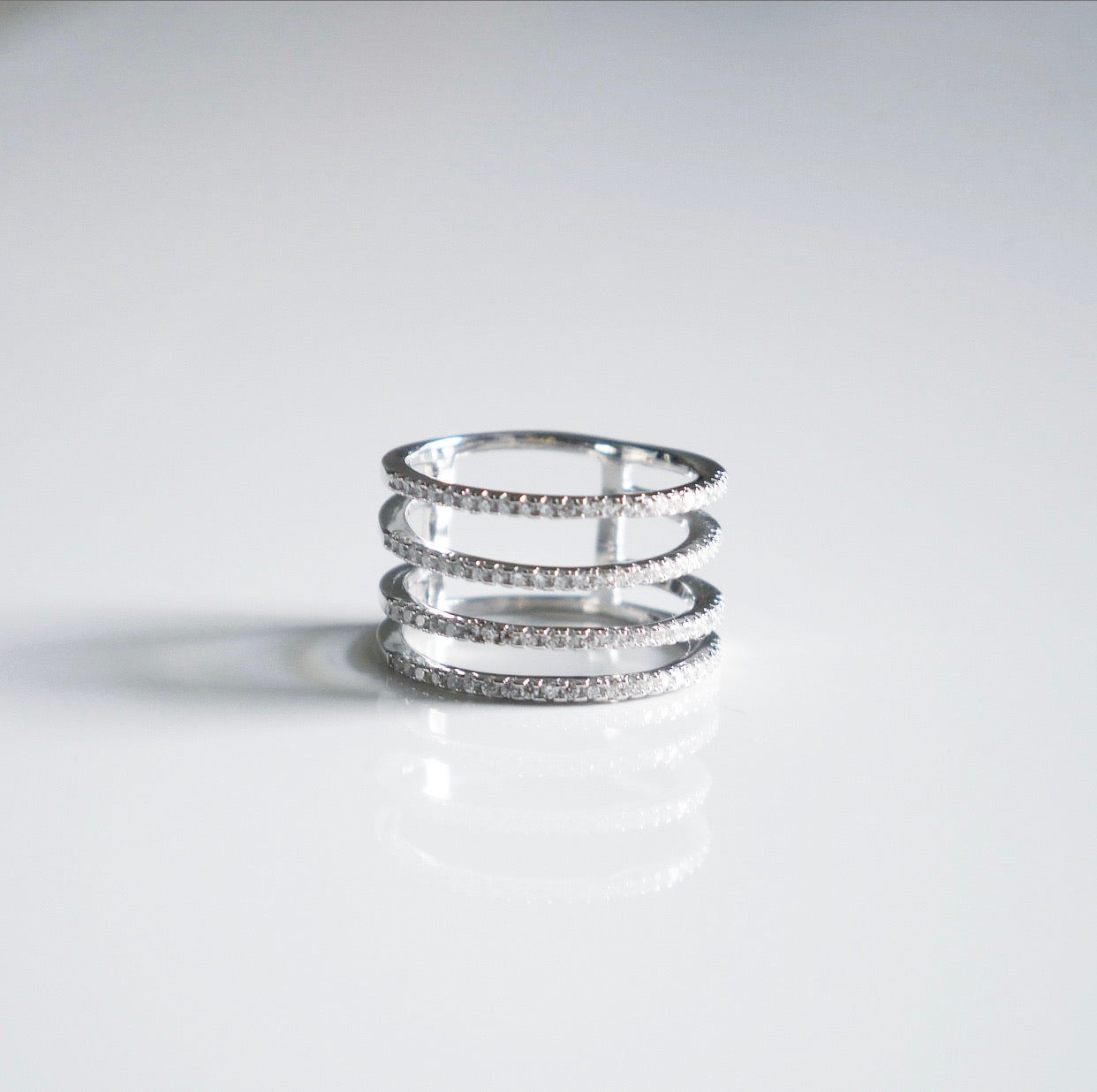 Sparkle Bill Four Line Ring