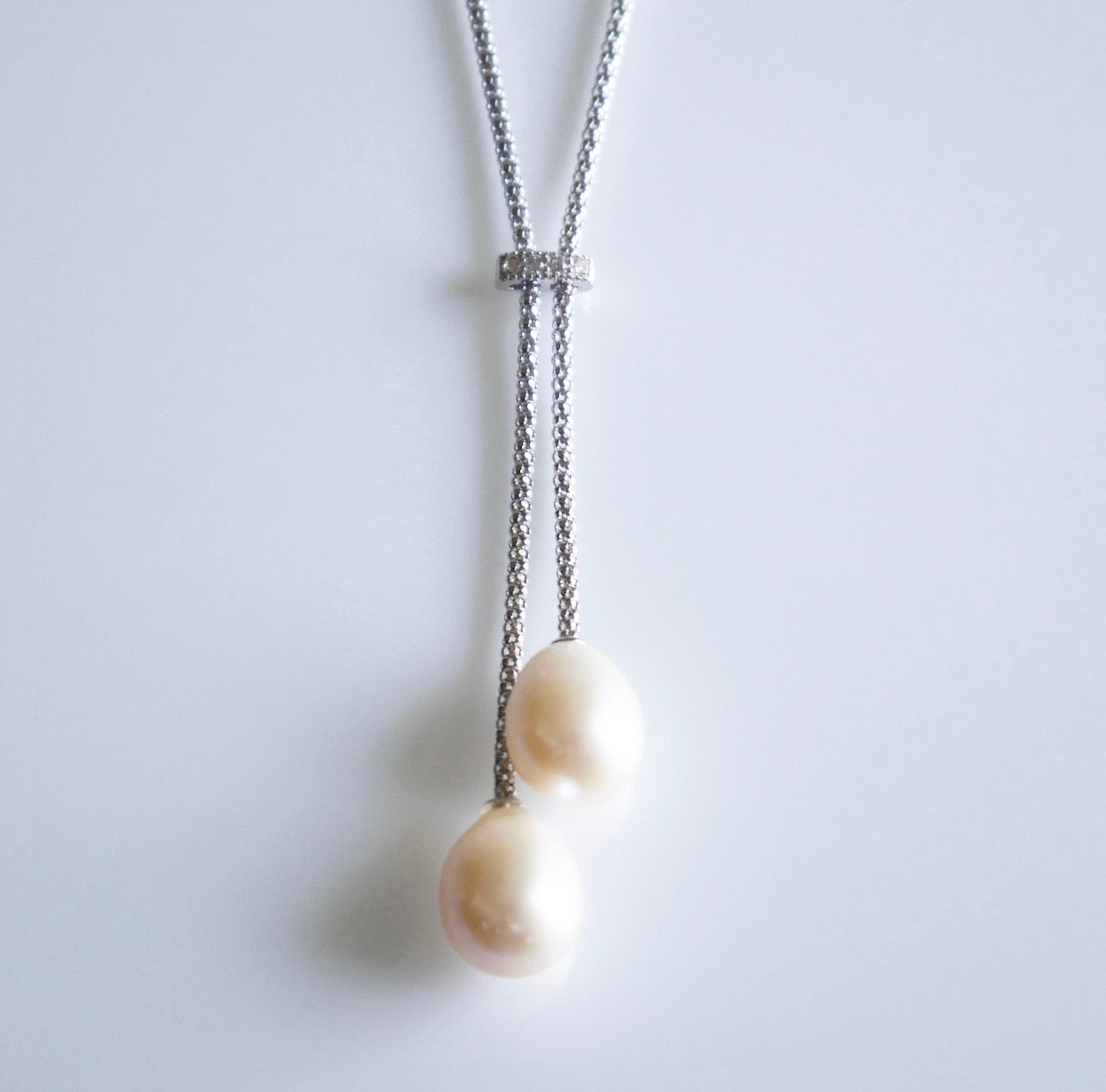 Vintage Generation Lariat Pearl Necklace