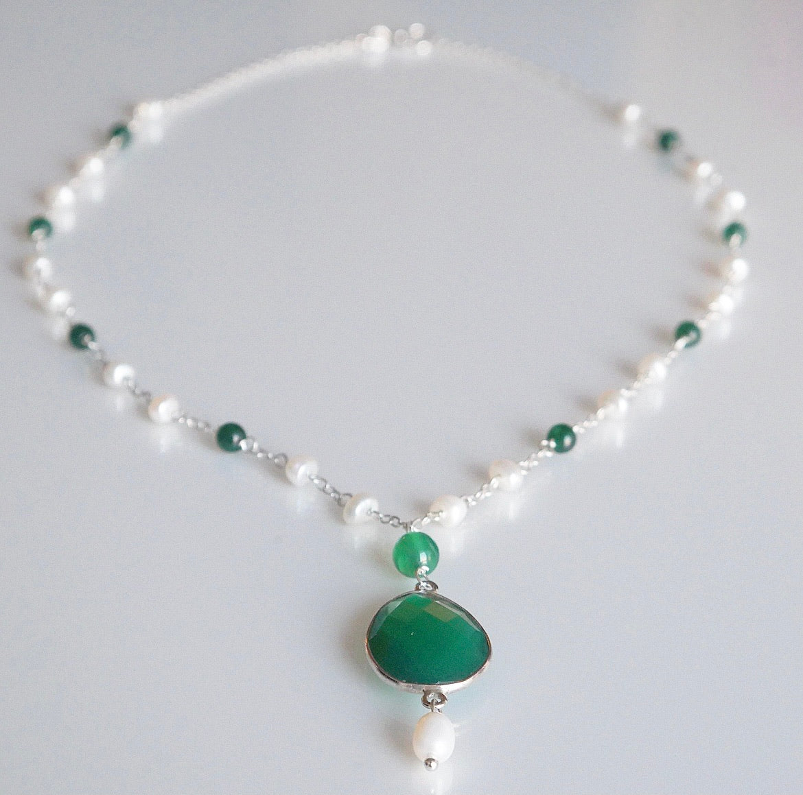 Green Onyx Gemstone Vintage Pearl Necklace